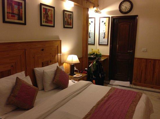 Wood Castle: Room