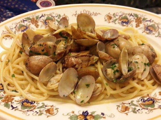 Trattoria Al Moro: Spaghetti with clams