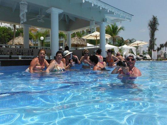 Luxury Bahia Principe Bouganville Don Pablo Collection: Con los amigos