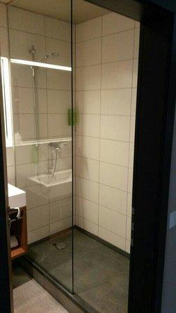 RiKu HOTEL Neu-Ulm: Bagno camera 309