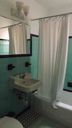 أيلاندز هاوس: Banheiro Art Déco