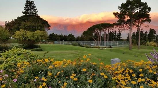 Erinvale Estate Hotel and Spa: view from the adjorning golf estate