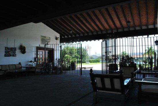 Finca Sala Vive by Freixenet Mexico: Cavas Freixenet