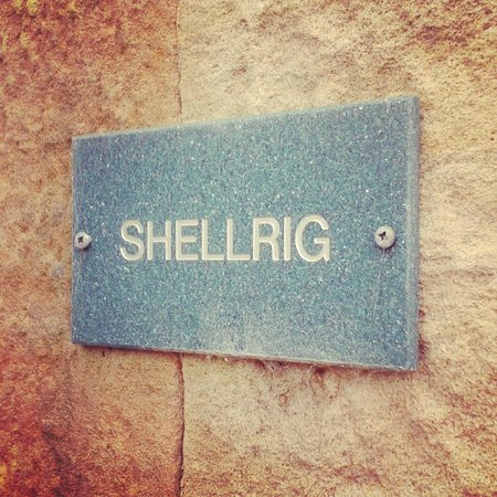 Doxford Cottages: Shellrig name plaque