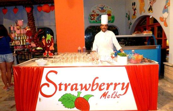 Arabia Azur Resort: strawbery festival