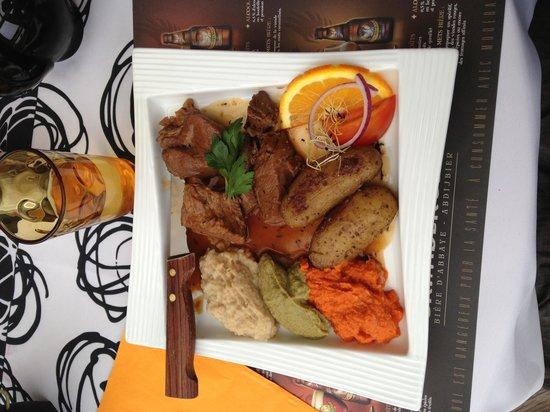 Zoy Bar Cafe : Navarin d'agneau en plat du jour très bon repas