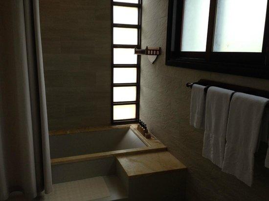 Palm Garden Beach Resort & Spa: bathroom