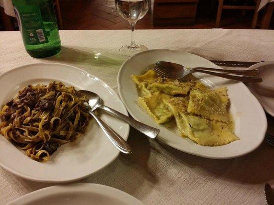 Agriturismo Santa Vittoria : Tagliolini al piccione e ravioli al tartufo, ESTASI