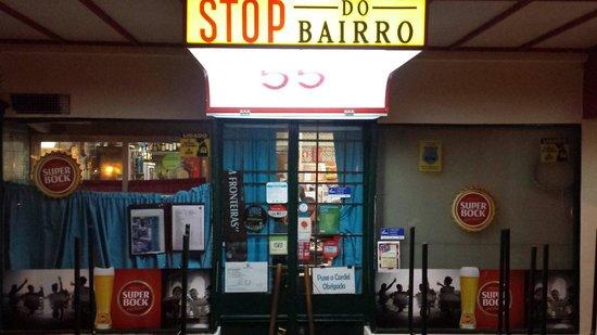 Stop de Bairro: Entrada do Restaurante