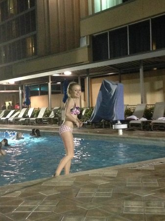 Doubletree By Hilton at the Entrance to Universal Orlando: Nighttime swim