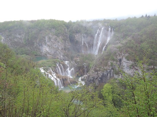 Plitvice Lakes National Park : The big falls near entrance #1 - the top attraction