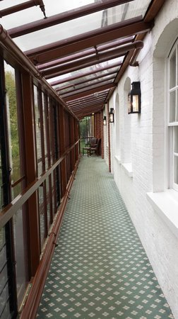The Mill Hotel: passage way to annex rooms