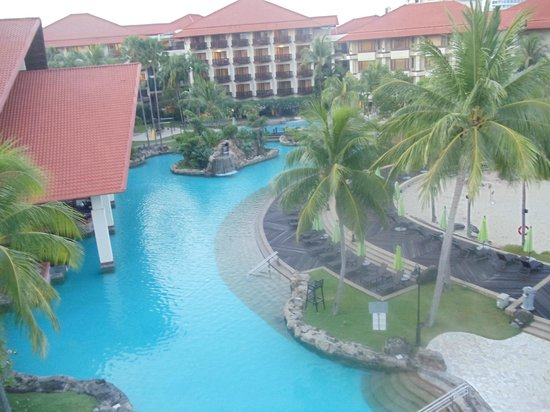 Sutera Harbour Resort (The Pacific Sutera & The Magellan Sutera): pool area from our room