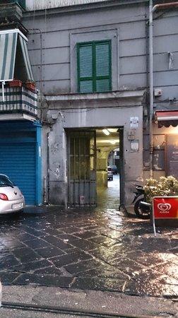 Bonapace Porta Nolana  Bed & Breakfast: Main entrance