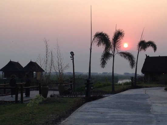 Pristine Lotus Spa Resort : From the hote pier
