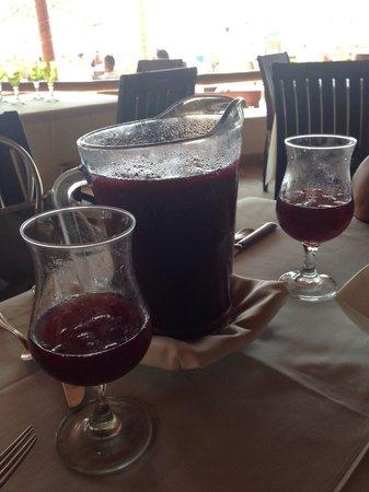 La Palapa Restaurant: Red sangria