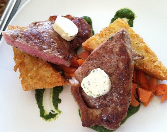 Soma Restaurante : NY Strip, potato cake, glazed carrots, chimichurri, herb butter