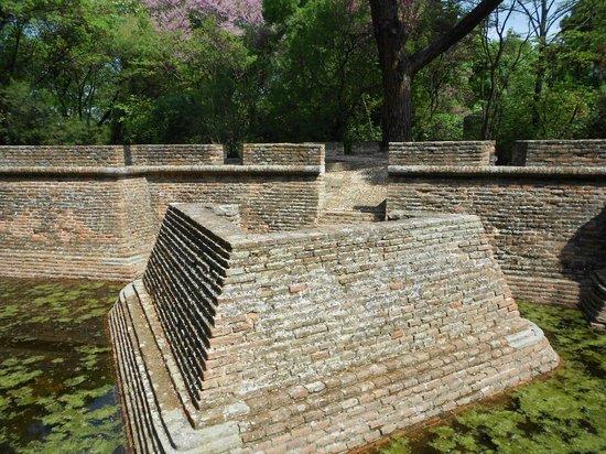 Jard n capricho picture of parque de el capricho madrid for Jardin historico el capricho paseo alameda de osuna 25