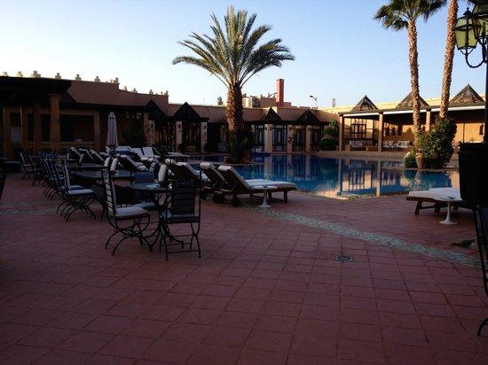 Hotel Le Berbere Palace: zona piscina