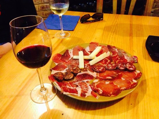 """La Pitanza: Un vino e un piatto """"Pitanza"""""""