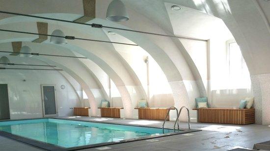 Chateau Heralec - Boutique Hotel & Spa by L'OCCITANE: Pool area