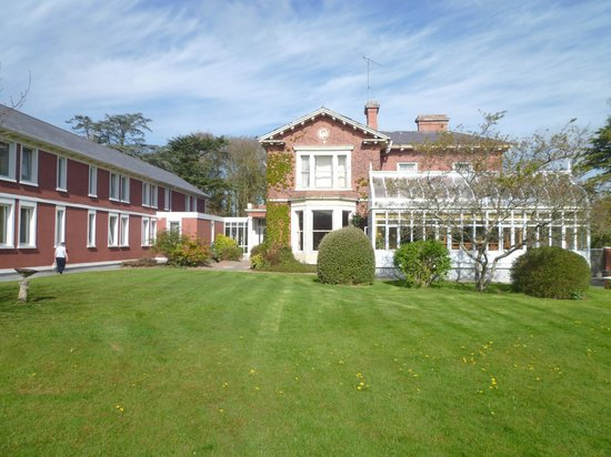 Boyne Valley Hotel & Country Club : rear grounds
