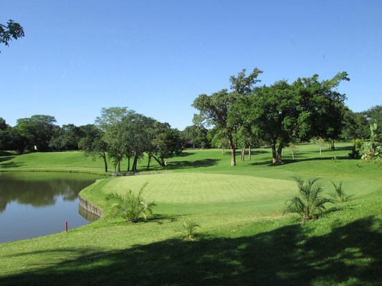 Sabi River Sun Resort : Blick auf den Golfplatz
