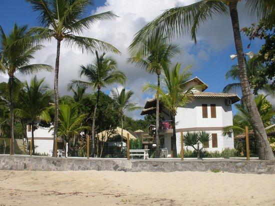 Arraial Bangalo Praia Hotel: vista de atrás