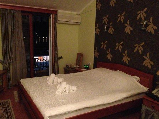 Bogdanovic Apartments : The bedroom.