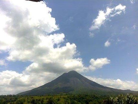 Hotel Montana de Fuego Resort & Spa: Arenal volcano view April 2014