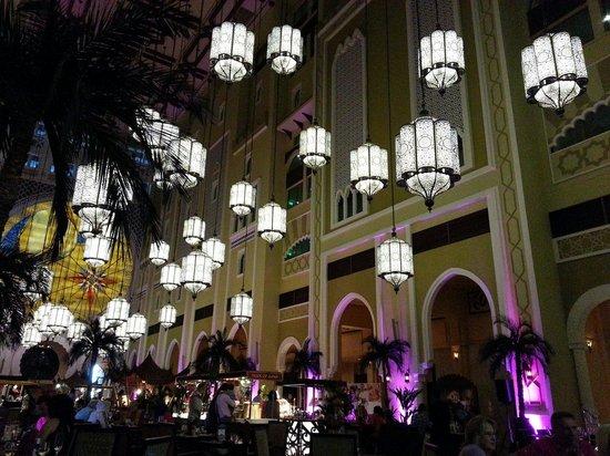 Movenpick Ibn Battuta Gate Hotel Dubai: Hotel Foyer ready for Friday Brunch