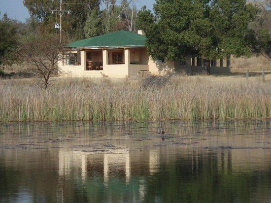 Waterberg Cottages: Kudu lodge from lake