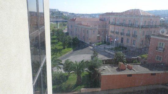 Novotel Lisboa: vista da janela do apartamento