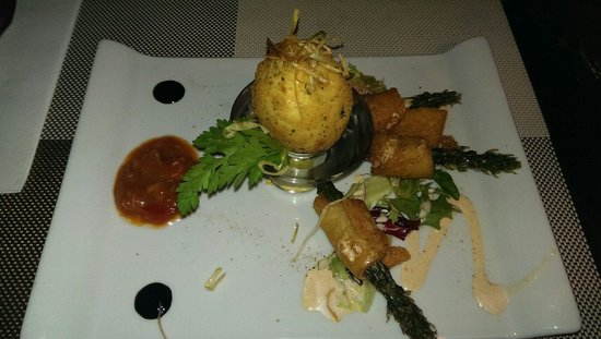 Oliver's With A Twist : Egg and soldiers