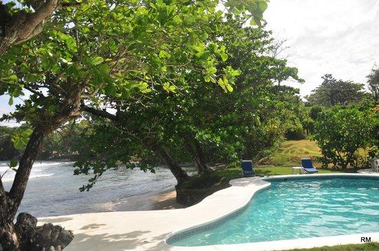 The Resort at Wilks Bay: Beach