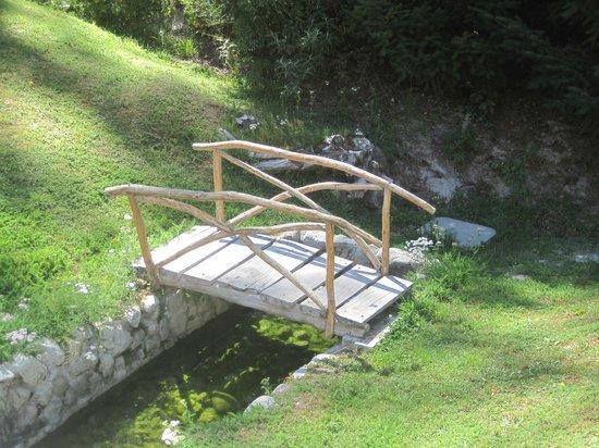 Aldea Bonita: Jardín