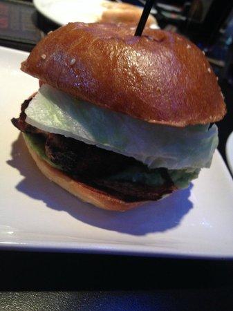 Jack Astor's Bar and Grill: Texas Roadkill Burger