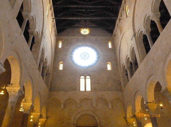 Cattedrale di San Sabino: Cattedrale (interno)