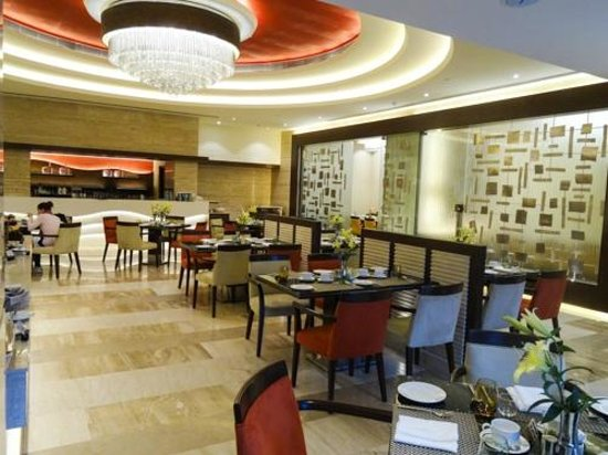 The Suryaa New Delhi: dining