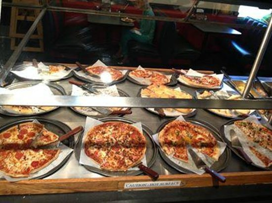buffet bar picture of pizza inn vicksburg tripadvisor rh tripadvisor com pizza inn buffet price brunswick ga pizza inn buffet prices in poplar bluff mo