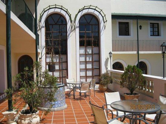Don Antonio Posada: Jardim da Pousada