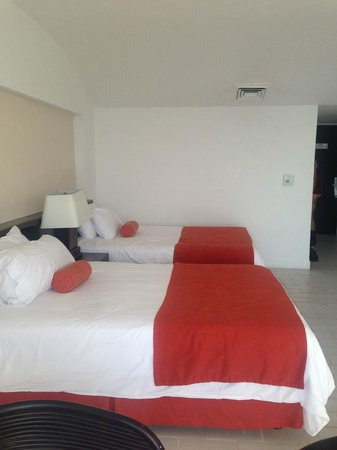 Holiday Inn Resort Ixtapa: tower room