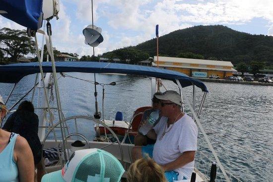 Tahiti Sailing Charter - Day Tours : sailing