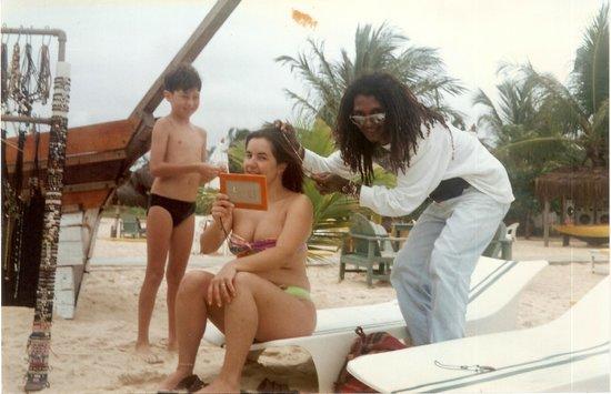 Resort Pau Brasil Praia: Na praia, fazendo um tererê...com o clone do Bob Marley