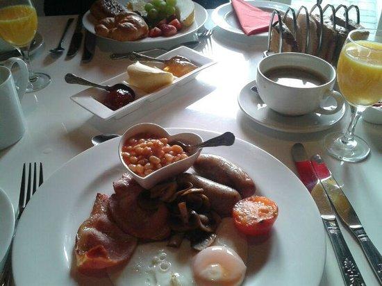 Bedlam House: Breakfast