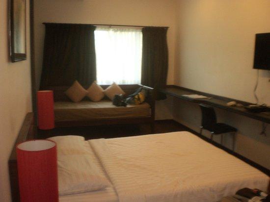 Billabong Hotel & Hostel: chambre