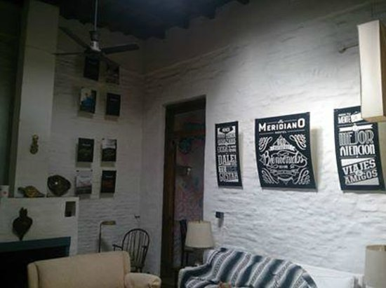 Meridiano Hostel : Living