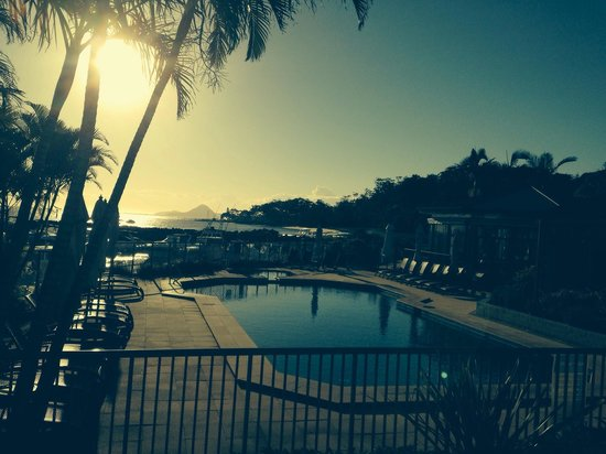 Anchorage Port Stephens : Sunrise at the pool