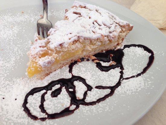 Trattoria Cavour : Torta della nonna (credo preconfezionata)