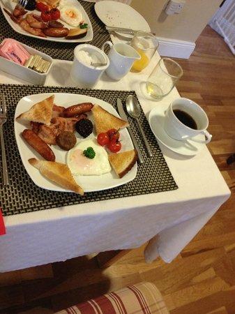 Cloisters Bed & Breakfast: The Full Irish